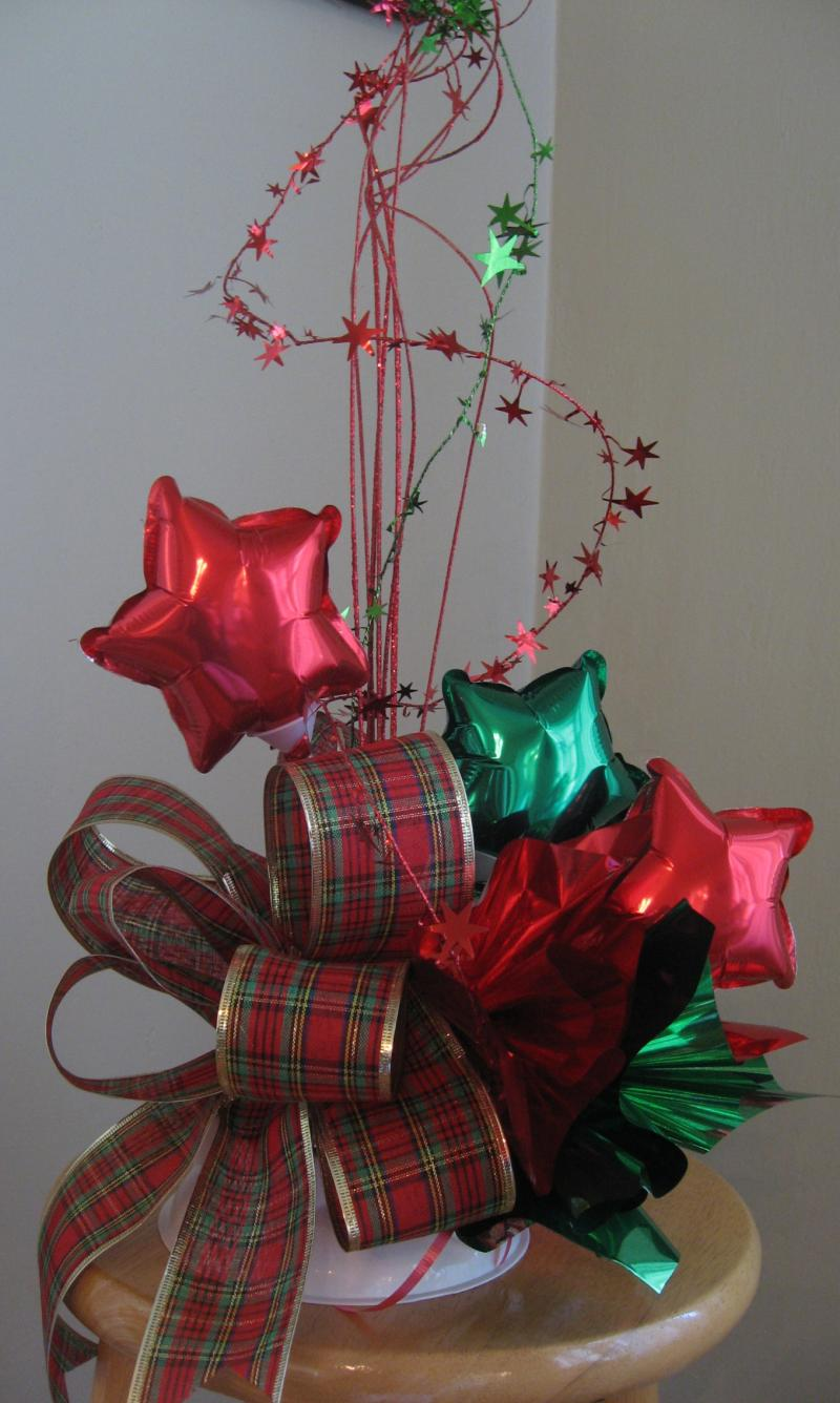 Balloon decor of central california christmas